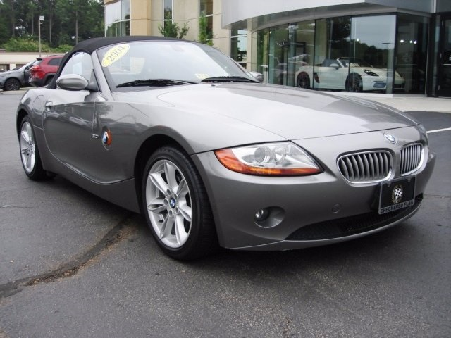 PreOwned 2004 BMW Z4 30i 2D Convertible in Virginia Beach